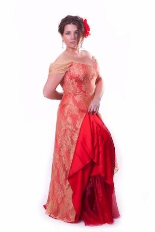 Вечере платье красное с золотым кружевом