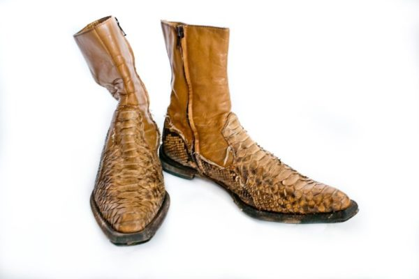 Ботинки ковбойские женские