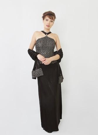 Платье черное с серебром