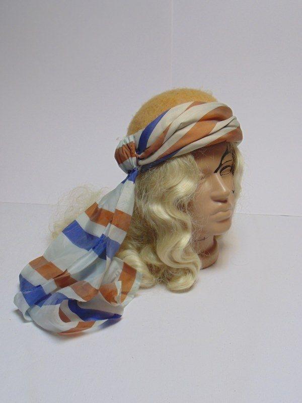 Шляпа с платком