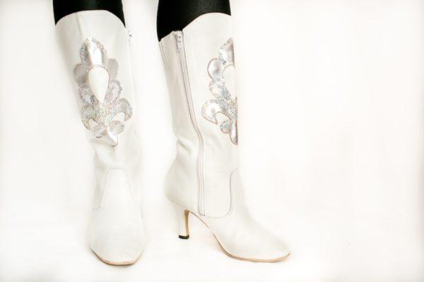 Сапоги Снегурочки на каблуке