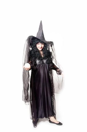 Ведьма черная со шляпой