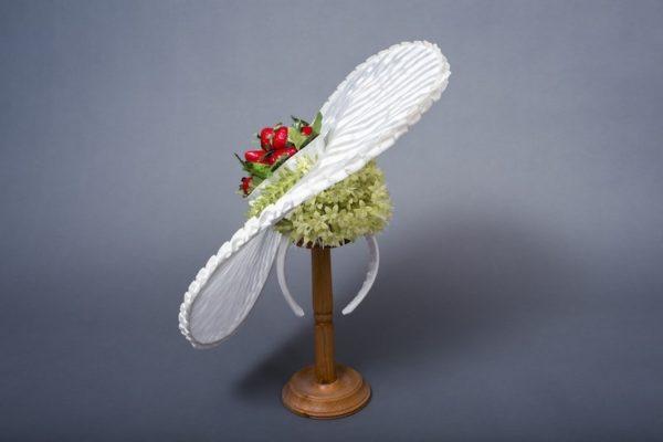 Шляпка с клубникой, 800 рублей в сутки