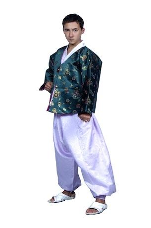 Корейский мужской костюм